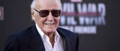 stan lee capitana marvel
